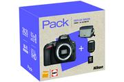 Nikon D5600 + 18-140mm VR + HOUSSE + CARTE 8GO