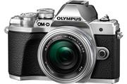 Olympus E-M10 Mark III Argent + 14-42 mm Pancake f/1:3.5-5.6 Argent