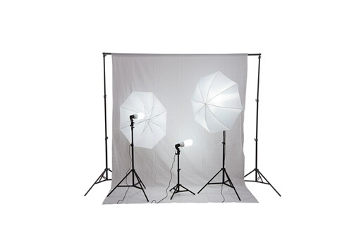 homcom kit photographe pour studio professionnel 3 lampes 125 w 2 supports de lampe parapluie. Black Bedroom Furniture Sets. Home Design Ideas