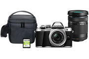 Olympus Pack E-M10 II Silver + 14-42 + 40-150 + Sacoche + SD 16GO